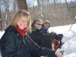 Les jumelles, Lucie et Chantal, et moi au centre.