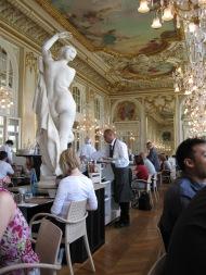 Salle à manger de l'Oéra Garnier, Paris, juillet 2010.